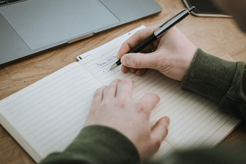 5-Tips-To-Improve-Your-Academic-Writing-Skills